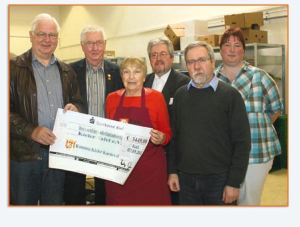 v.l.: Holger Schwerdt und Otto Stilhoff vom KKK, Barbara Kotte (Kieler Tafel), Wolfgang Jacob (KKK), Frank Hildebrandt (Kieler Tafel), Wencke Hinz (KKK)
