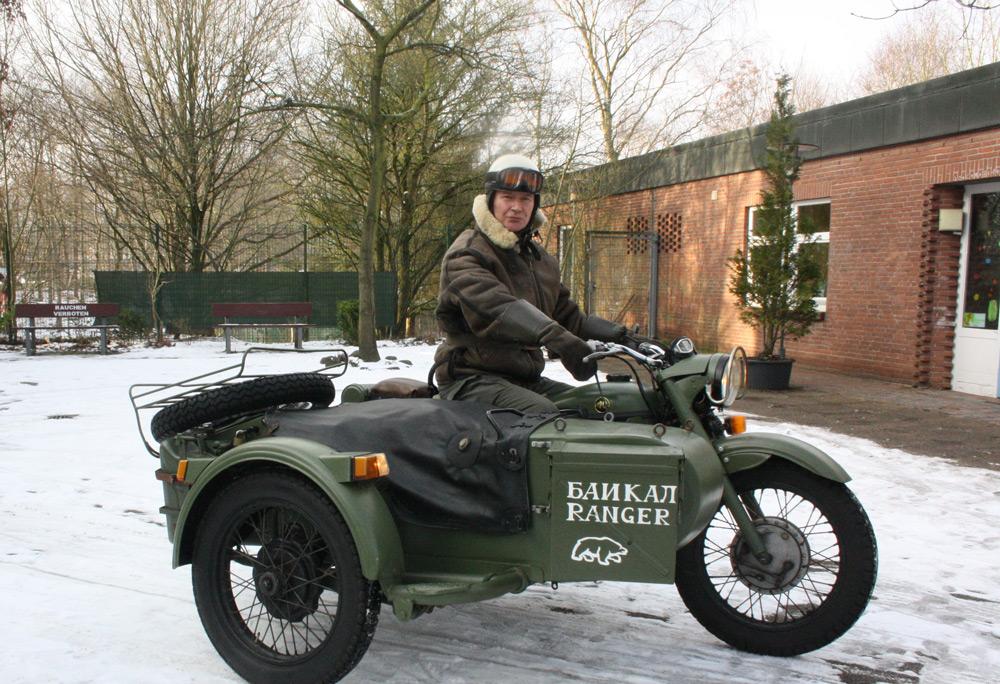 Torsten Hösch auf seiner original russischen Ursus Maschine