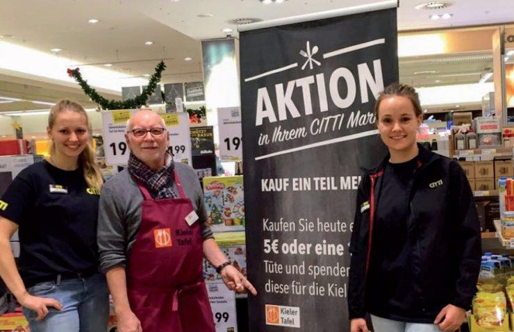 Mitarbeiter der Tafel Kiel im CITTI Markt