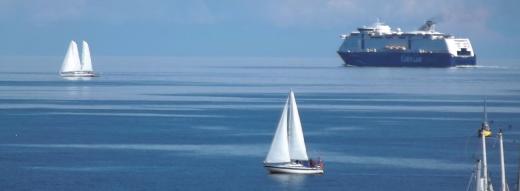Schiffe auf dem Meer